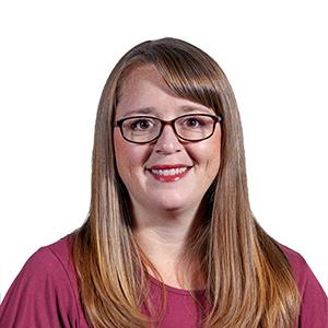 Headshot of Intellitect employee Tracy Kelly